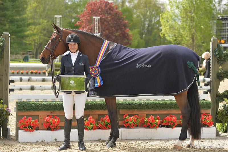 McKayla Langmeier and Czar-Z in their winner's presentation; photo © The Book