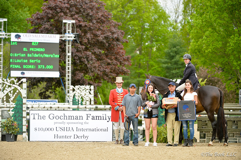 Louise Serio and El Primero in their winner's presentation with ringmaster Alan Keeley, groom Hector Hernandez, and Alexa Brodsky, Kamran Hakim, and Halle Jaffe representing Old Salem Farm; photo © The Book LLC